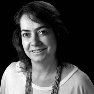 Valéria Alves