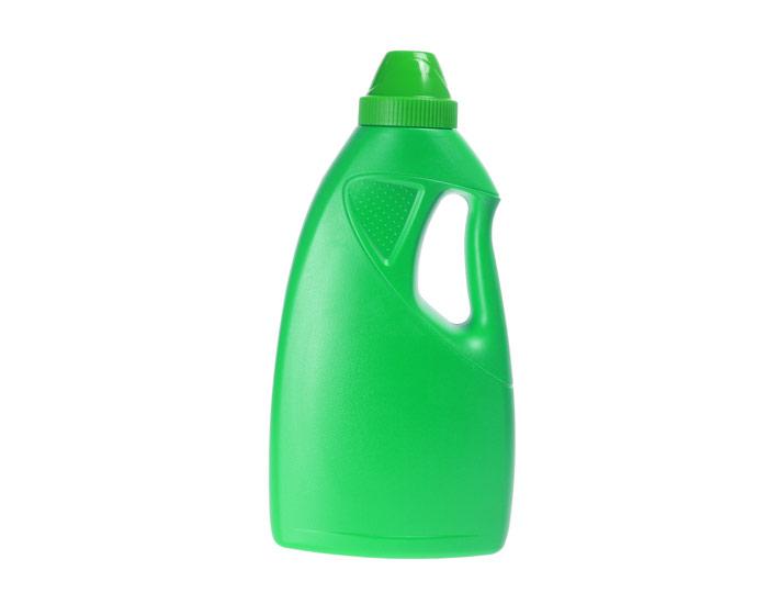 O desinfetante líquido é para ser utilizado em banheiros e pias.