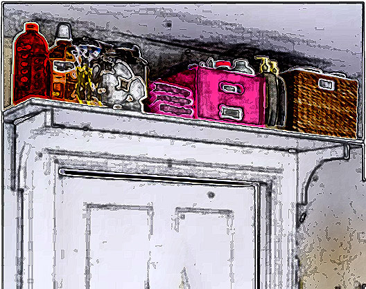 Selecionamos 15 dicas simples e baratas para você organizar seu banheiro com charme e praticidade. </br>Uma dica valiosa para otimizar espaço é aproveitar espaços aparentemente inutilizáveis. Por exemplo, instale uma estante em cima do batente da porta. Nela, você pode acomodar cestos, caixas organizadoras e potes de vidro, guardando produtos que você não usa com tanta frequência no dia a dia, mas quer manter no banheiro.