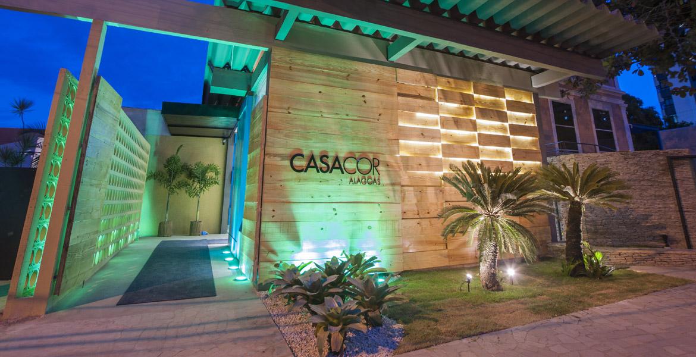 Até o dia 12 maio, o Colégio Batista, no alto Farol, recebe os 47 ambientes da Casa Cor Alagoas. Durante o evento, os 69 profissionais irão apresentar para o público a beleza e a sofisticação do décor através da cultura local.