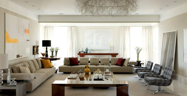 Os moradores do apartamento de 600 m² solicitaram um projeto voltado para a convivência familiar. Um apartamento moderno, com espaços integrados e compostos por materiais nobres tornam o local aconchegante e prático ao mesmo tempo.