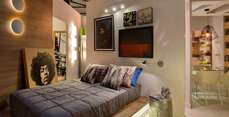 Em uma área com apenas 40m² o apartamento projetado para a Morar Mais por Menos RJ tem paredes e tetos executados em gesso acartonado, sistema de construção rápido, limpo e barato, com desenhos arrojados que são destaques no ambiente.