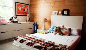 Painel de madeira na parede