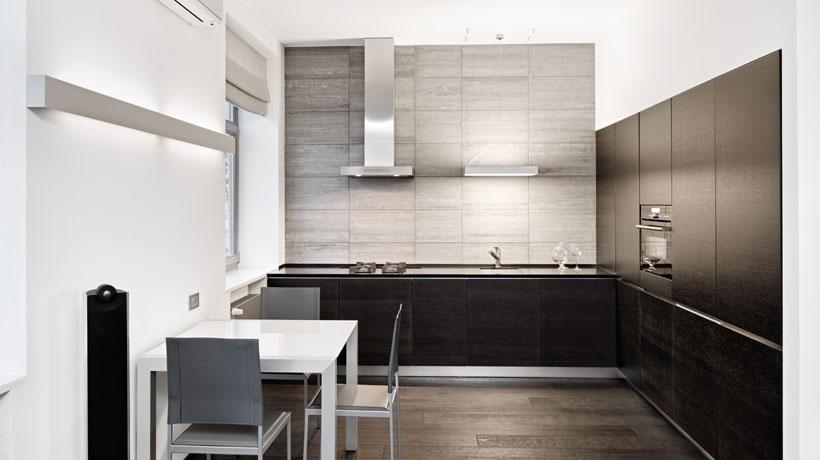 Cozinha equipada com ar condicionado split