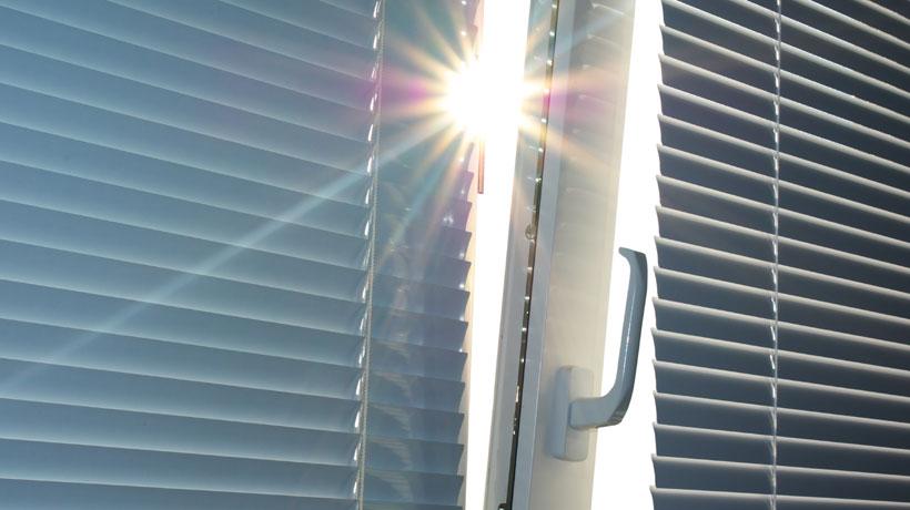 Invista em cortinas de proteção térmica