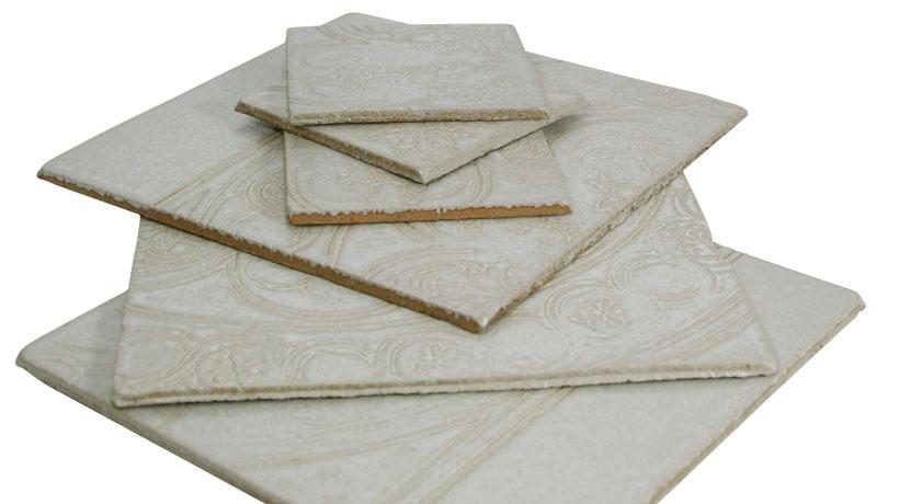 Cerâmica de espessura fina