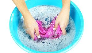 Como lavar e tirar manchas de pano de prato