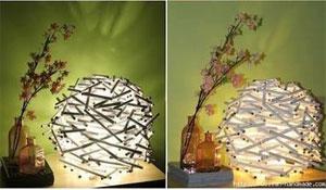 Luminária feita com rolinhos de jornal ou revista