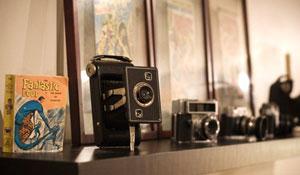 Câmeras fotográficas antigas na decoração