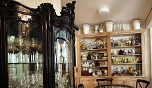 Cristaleira cabe em ambientes clássicos e modernos