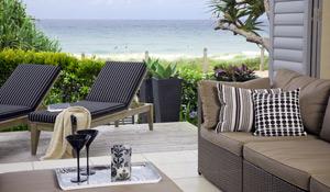 Como organizar a casa de praia antes e depois da temporada