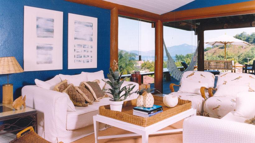 Azul na casa de praia