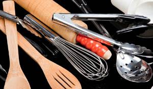 Como organizar os utensílios de cozinha