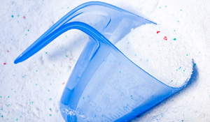 As diferenças entre sabão em pó e sabão líquido