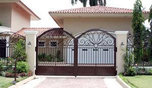 Arquitetos dão dicas para a escolha do portão