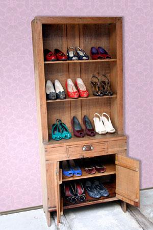 Armário com calçados