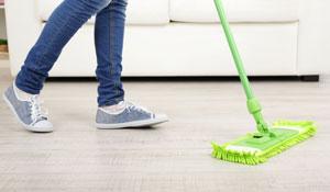 Limpeza rápida do chão da casa