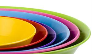 Utensílios de cozinha - plásticos, louças, travessas e utensílios para pia