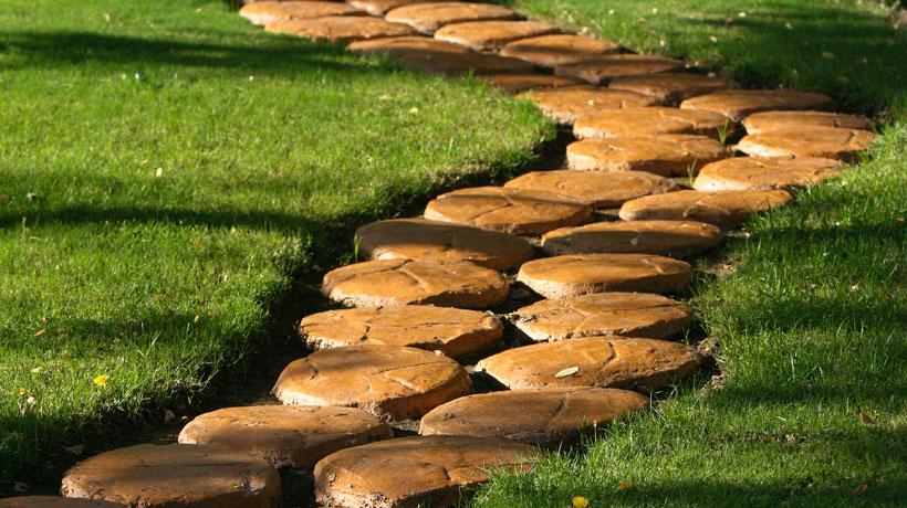 ideias caminhos jardim:Dicas da Patroa: Como fazer os Caminhos para seu Jardim