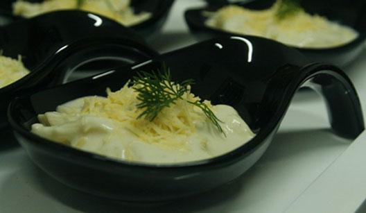 Finger food de penne aos quatro queijos