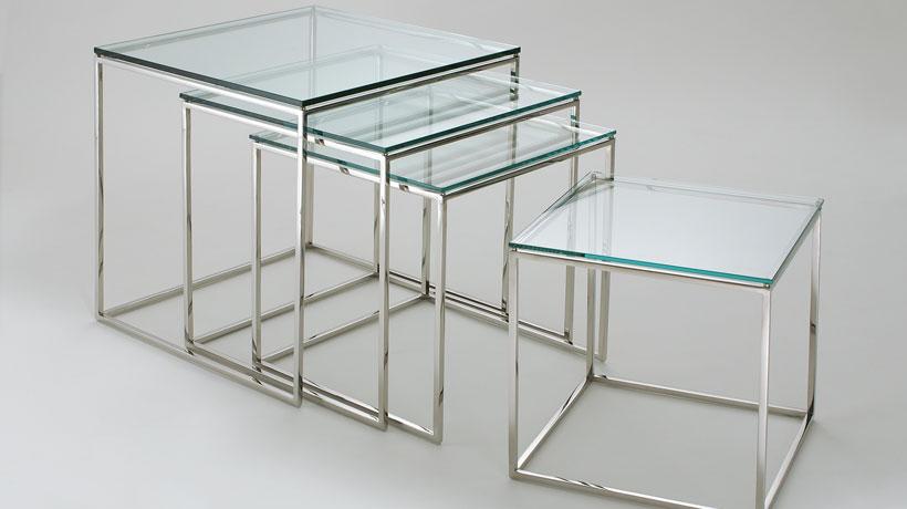 Mesa de centro em formato de cubo