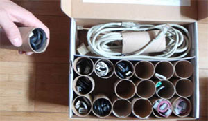 Organização criativa de cabos e fios