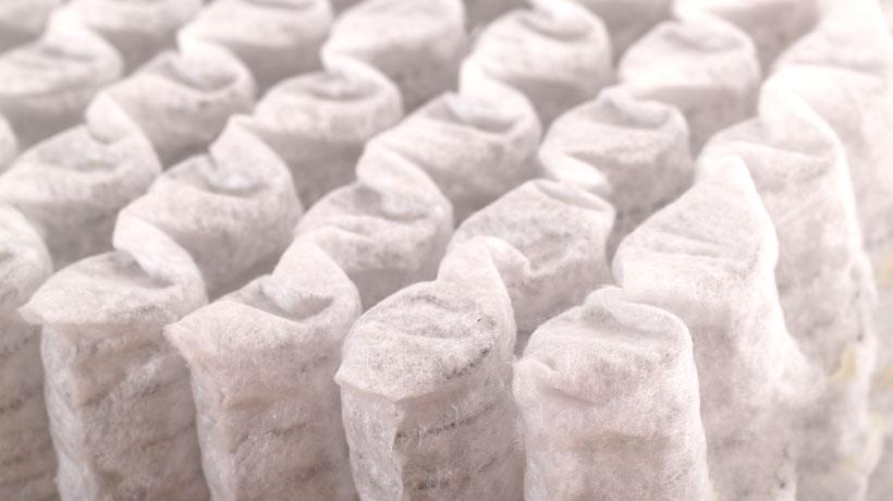 Molas ensacadas usadas em colchões