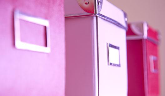 Caixas organizadoras cor-de-rosa