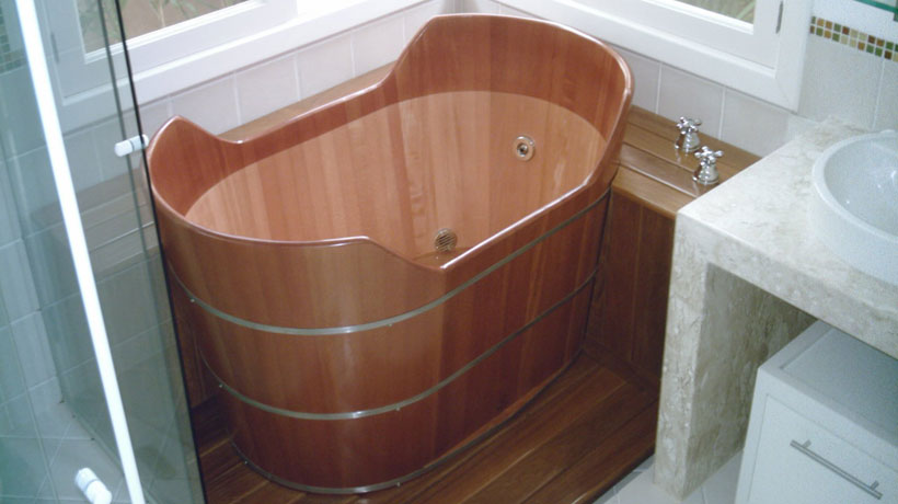 banheira ofurô de madeira