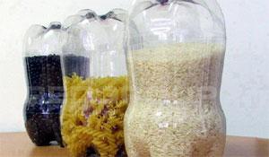 3 utensílios de garrafa PET para a cozinha