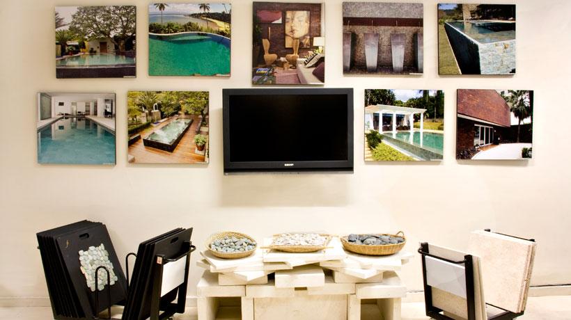 Ambiente decorado com fotografias