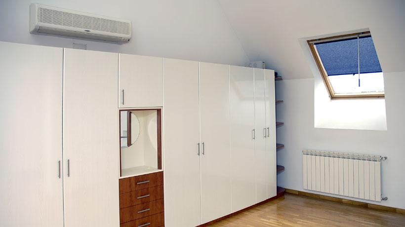 Quarto com ar condicionado split