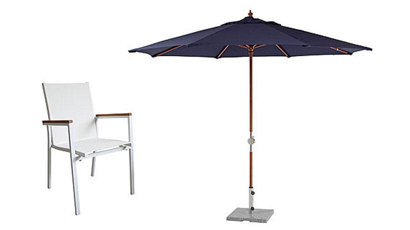 Cadeira de alumínio fosco e ombrellone