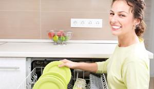 Máquina de lavar louça é prática ou não?