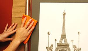 Como limpar quadros e molduras