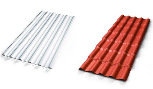 telhas de PVC branca e vermelha